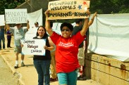 Confronting anti-immigrant racists in Milwaukee July 19. [Photo: Occupy Riverwest]