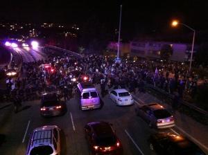 Oakland_I-580_Blocked_Ferguson_11-24-14