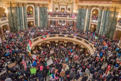Day_Without_Latinos_Rotunda_Feb_18-2016_Voces_Photo