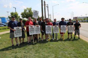 IAM Chicago Auto Mechanics Strike September 18 2017